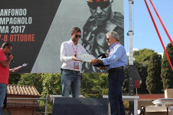 08.10.2017 - LA CONSEGNA DEL PREMIO A LORENZO BALDESI 08 10 2017