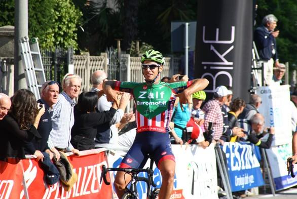 Filippo Rocchetti, per la terza volta consecutiva un corridore della Zalf vince a Somma Lombardo (Foto Berry)