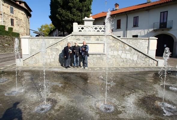 Da sx, Bernardi, Giornalista e i Fotoreporters Eugenio e Kia Giuseppe Castelli (Foto Berry)