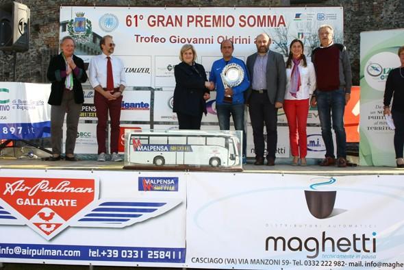 Premiazione del Direttore Sportivo del vincitore, Gianni Faresin (Foto Berry)