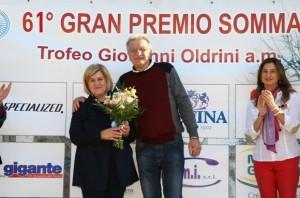 Premiazione signora Oldrini (Foto Berry)