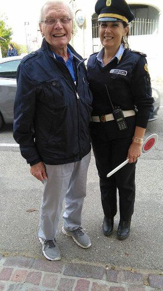 L'ex Campione alessandrino Giovanni Meazzo con la Comandante della Polizia Locale del comprensorio, Katia (Foto Kia Castelli)