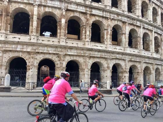 Bicinrosa sotto il Colosseo