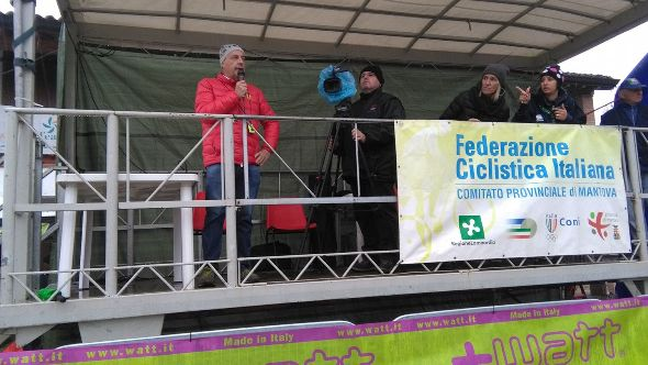 Sandro Brambiulla speacker della gara (Foto Nastasi)