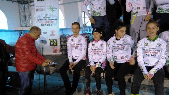 Da sx, Milo Marcolli G6 maschi e Valentina Corvi G6 femmine entrambi vincitori gara e capiclassifica rispettive categorie (Foto Nastasi)