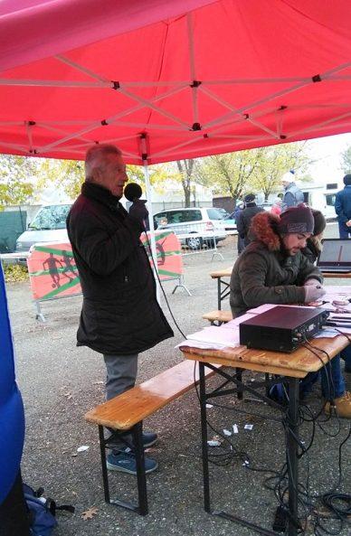 Lo Speaker e voce della Valle Scrivia, Angelo Torti al lavoro a Pasturana (Foto Nastasi)