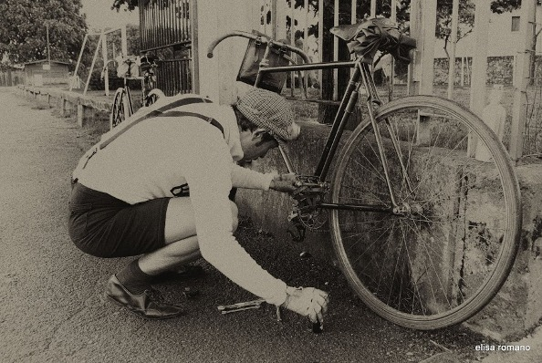 Problemi a un pedale (Foto Elisa Romano)