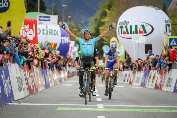 Michele Scarponi vince a Innsbruck la tappa del Tour of the Alps