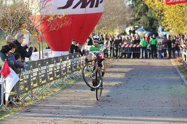 Il Tricolore d'Italia Gioele Bertolini vince a Brugherio (Foto Kia)