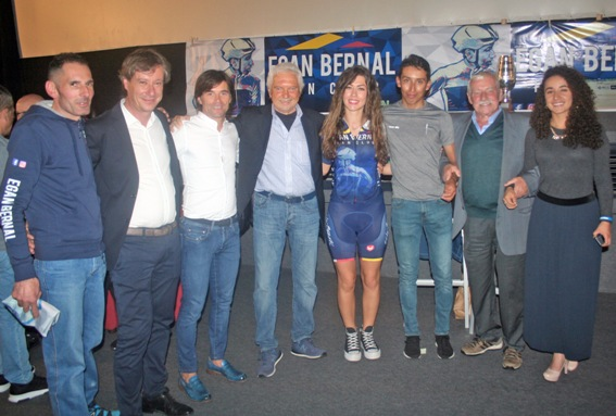 19.10.2018 – Cuorgnè (Torino) – L'Androni-Sidermec alla Festa del Fan Club Egan Bernal