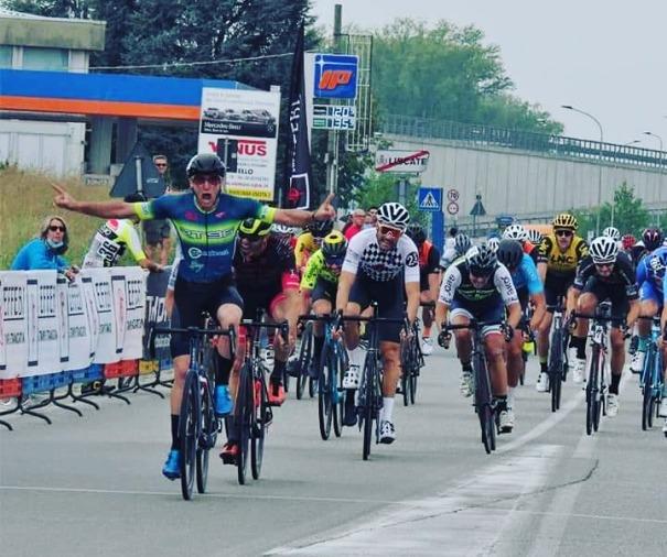"""20.09.2020 – Vignate (Milano) – Ciclismo amatoriale : 2° Trofeo Effebi Stampi """"Campionato Provinciale di Milano"""" e prova del """"Giro di Lombardia"""""""