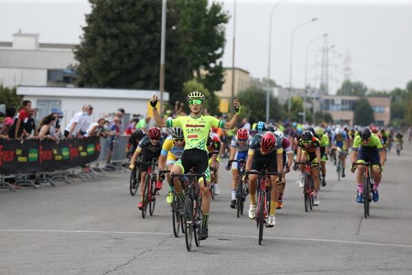 20.09.2020 – Treviglio (Bergamo) – Criterium Luciano Nicoli A.M. Categoria Allievi : Juan David Sierra un fulmine su Treviglio